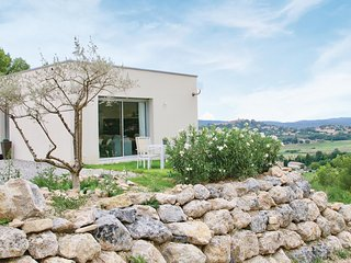 Awesome home in Manosque w/ WiFi and 1 Bedrooms (FPA035)