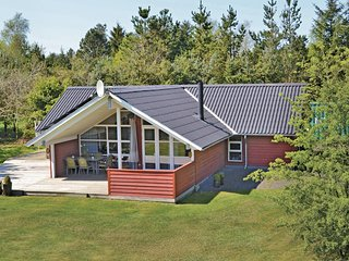 Awesome home in Oksbøl w/ WiFi and 3 Bedrooms (P42131)