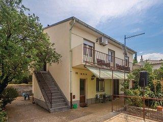 Amazing home in Senj w/ 2 Bedrooms