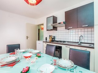 Awesome home in Cesarica w/ WiFi and 2 Bedrooms