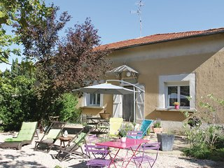 Nice home in Saint Remy de Provence w/ 2 Bedrooms (FPB238)