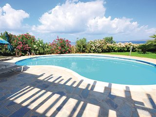 Nice home in Pegia-Paphos w/ WiFi and 4 Bedrooms