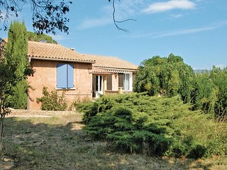 Nice home in Mirabel Aux Baronnies w/ 3 Bedrooms and WiFi (FPD012)