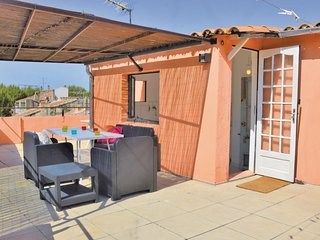 Awesome home in Arles w/ WiFi and 3 Bedrooms