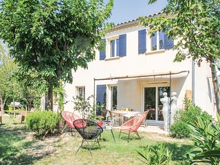 Stunning home in Maillane w/ WiFi and 2 Bedrooms