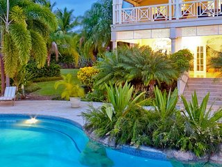 Villa Calliaqua | Ocean View - Located in Exquisite Saint James with Private