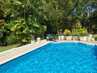 Villa Dene Court | Near Ocean - Located in Magnificent Saint James with Privat