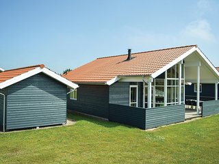 Beautiful home in Ulfborg w/ WiFi and 3 Bedrooms (C71195)