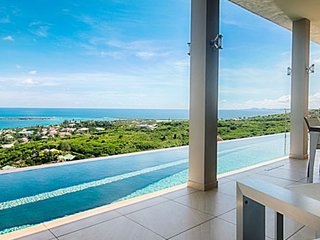 Villa Sunrise   Ocean View - Located in Tropical Orient Bay with Private Pool