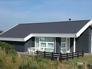 Amazing home in Henne w/ Sauna and 3 Bedrooms
