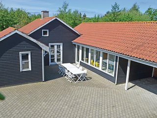 Nice home in Ebeltoft w/ Sauna, WiFi and 4 Bedrooms (D04040)