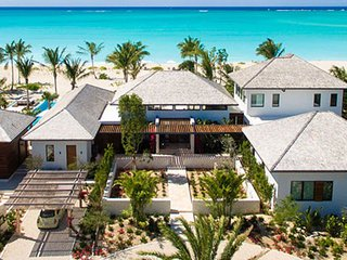 Villa Hawksbill | Beach Front - Located in Tropical Grace Bay with Private Pool