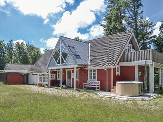 Amazing home in Oksbøl w/ Sauna, WiFi and 3 Bedrooms (P42247)