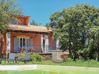 Nice home in Suze la Rousse w/ 4 Bedrooms