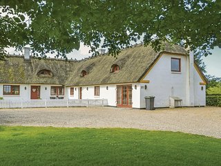 Awesome home in Nørre Nebel w/ WiFi and 6 Bedrooms