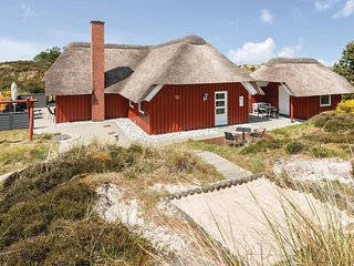 Beautiful home in Henne w/ Sauna, WiFi and 3 Bedrooms (P42295)