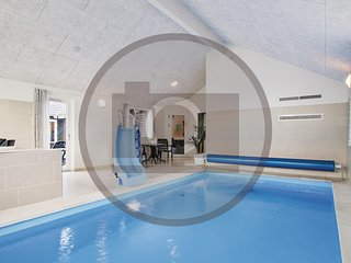 Beautiful home in Thisted w/ Indoor swimming pool, Sauna and WiFi