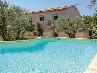 Amazing home in St Paul Trois Chateaux w/ WiFi and 3 Bedrooms (FPD270)