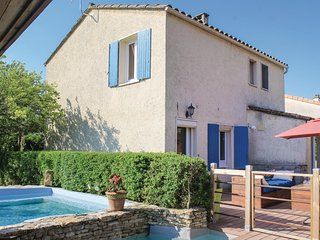 Nice home in St Paul Trois Chateaux w/ WiFi and 4 Bedrooms (FPD240)