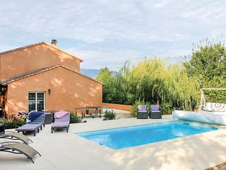 Amazing home in St Eulalie en Royans w/ WiFi and 5 Bedrooms