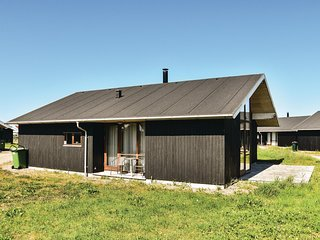 Amazing home in Ulfborg w/ Sauna, WiFi and 3 Bedrooms