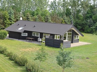 Nice home in Oksbøl w/ Sauna, WiFi and 3 Bedrooms (P42392)