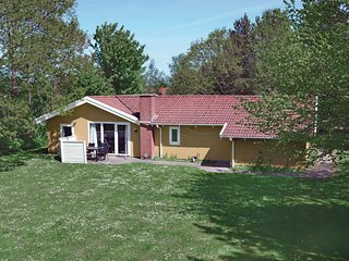 Amazing home in Oksbol w/ Sauna, WiFi and 4 Bedrooms