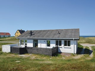 Awesome home in Frostrup w/ WiFi and 3 Bedrooms