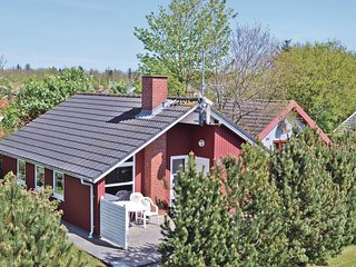 Awesome home in Hemmet w/ Sauna, WiFi and 2 Bedrooms