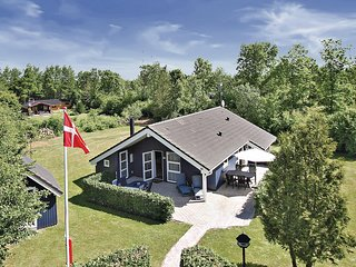 Amazing home in Oksbøl w/ Sauna, WiFi and 3 Bedrooms (P42597)
