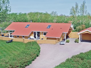 Awesome home in Hemmet w/ Sauna, WiFi and 3 Bedrooms (P52060)
