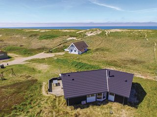 Amazing home in Harboore w/ Sauna, WiFi and 3 Bedrooms