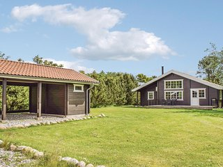 Beautiful home in Ebeltoft w/ 3 Bedrooms