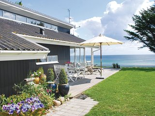 Nice home in Ebeltoft w/ Sauna, WiFi and 4 Bedrooms (D07544)