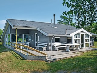Amazing home in Ebeltoft w/ Sauna, WiFi and 4 Bedrooms (D07700)