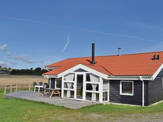 Stunning home in Ebeltoft w/ Sauna, WiFi and 4 Bedrooms (D07952)