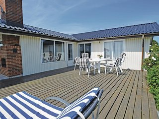 Nice home in Ebeltoft w/ Sauna and 3 Bedrooms (D07728)