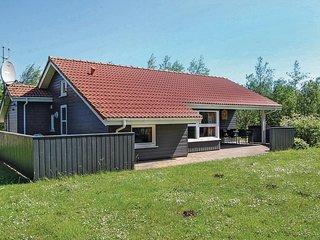 Amazing home in Hemmet w/ Sauna, WiFi and 3 Bedrooms (P52082)