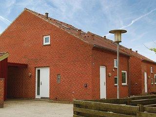Beautiful home in Thyborøn w/ WiFi and 2 Bedrooms (C79800)