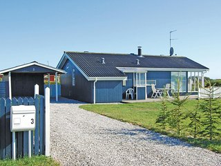 Awesome home in Ebeltoft w/ Sauna, 3 Bedrooms and WiFi