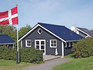 Awesome home in Hemmet w/ WiFi and 2 Bedrooms