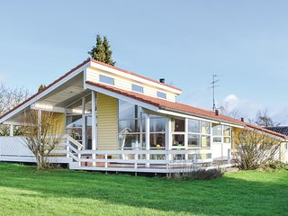 Nice home in Ebeltoft w/ Sauna, WiFi and 4 Bedrooms (D10144)