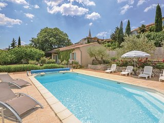 Amazing home in St. Saturnin-les-Apt w/ WiFi and 2 Bedrooms