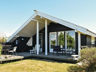 Nice home in Ebeltoft w/ WiFi and 3 Bedrooms