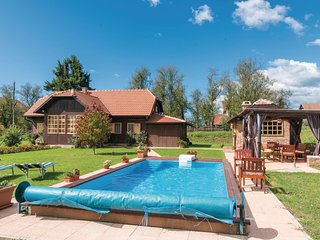 Amazing home in Topusko w/ WiFi, 3 Bedrooms and Sauna