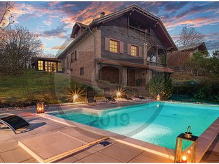 Awesome home in Ludbreg w/ WiFi, 6 Bedrooms and Outdoor swimming pool