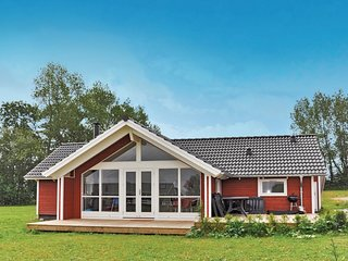 Awesome home in Nordborg w/ Sauna, WiFi and 3 Bedrooms