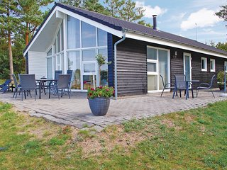 Nice home in Ebeltoft w/ Sauna, WiFi and 3 Bedrooms (D13813)
