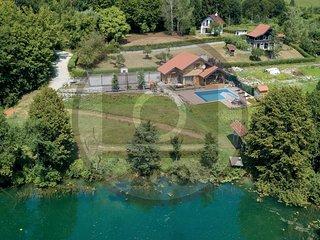 Stunning home in Gornji Zvecaj w/ Sauna, WiFi and 3 Bedrooms