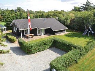 Beautiful home in Hemmet w/ Sauna, WiFi and 3 Bedrooms (P52178)